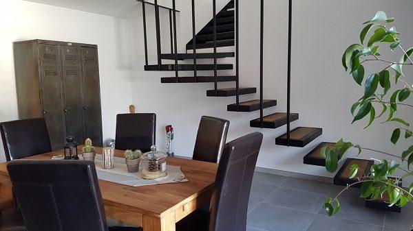 escalier fer et bois suspendu AC19 ES02