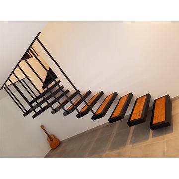 escalier suspendu fer et bois AC19-ES02